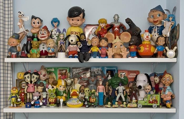 Brinquedos à mostra na decoração 3