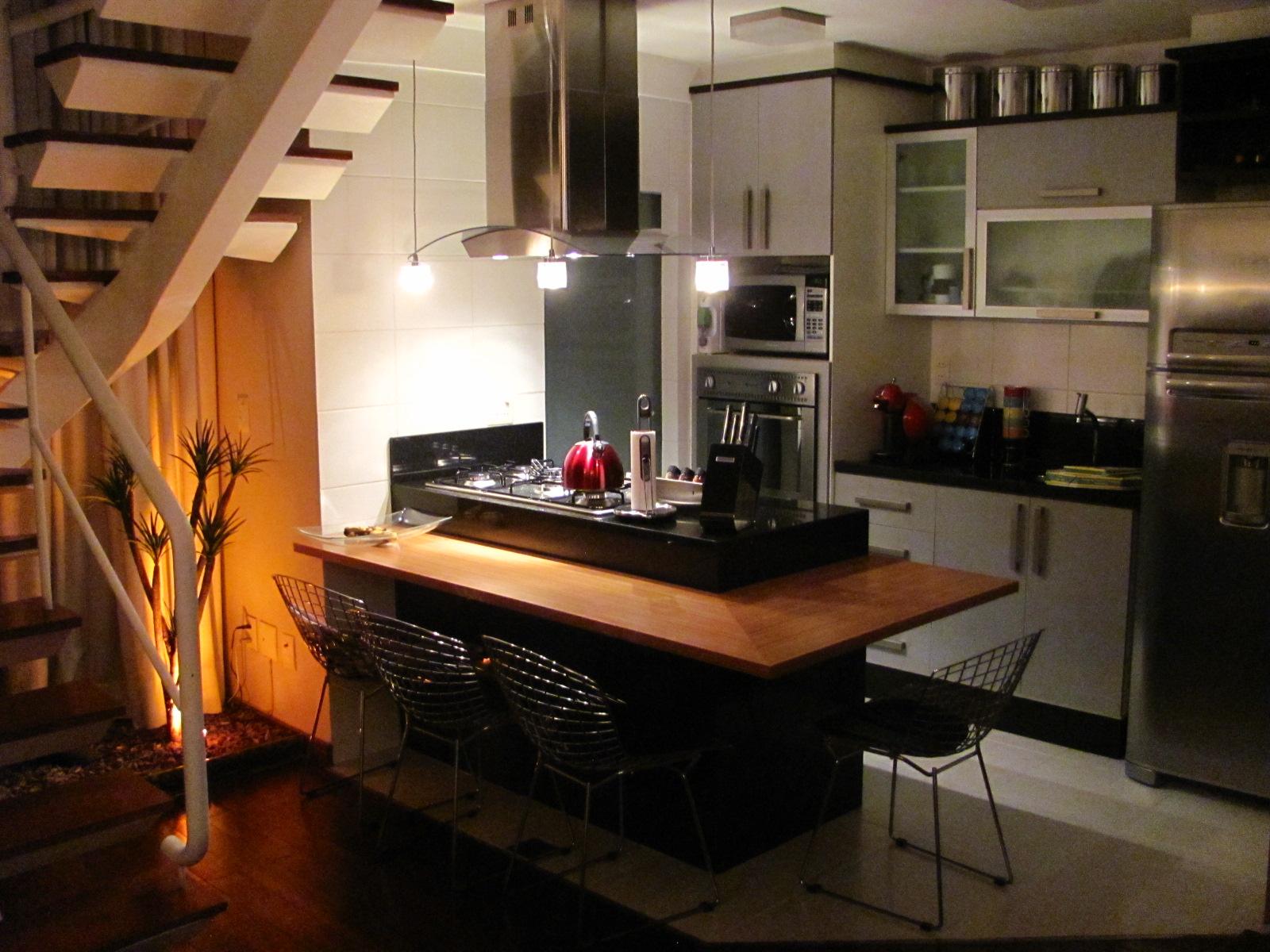 cozinha americana trata se de uma integração de ambientes #C98A02 1600 1200