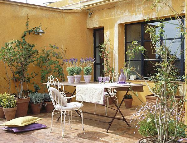 Mesa na varanda 6