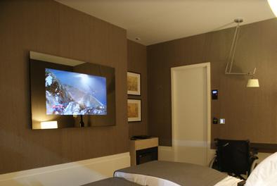 Televisor integrado à decoração 5