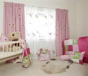 Cortina para o quarto de bebê 2
