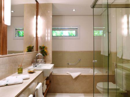 Banheira no banheiro 6