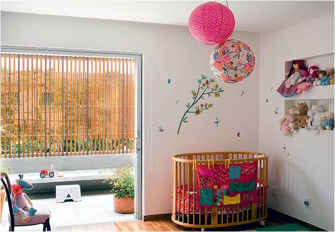 Bebê no quarto do casal 4