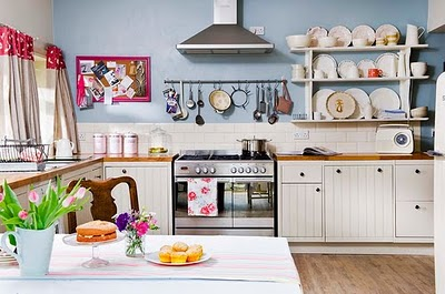 Estante na cozinha 7