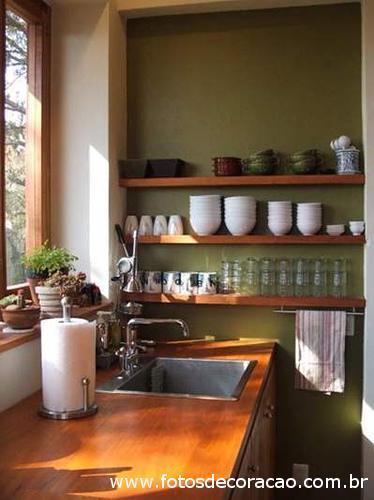 Estante na cozinha 8