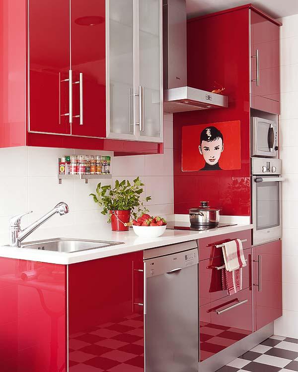 Armários coloridos na cozinha 2
