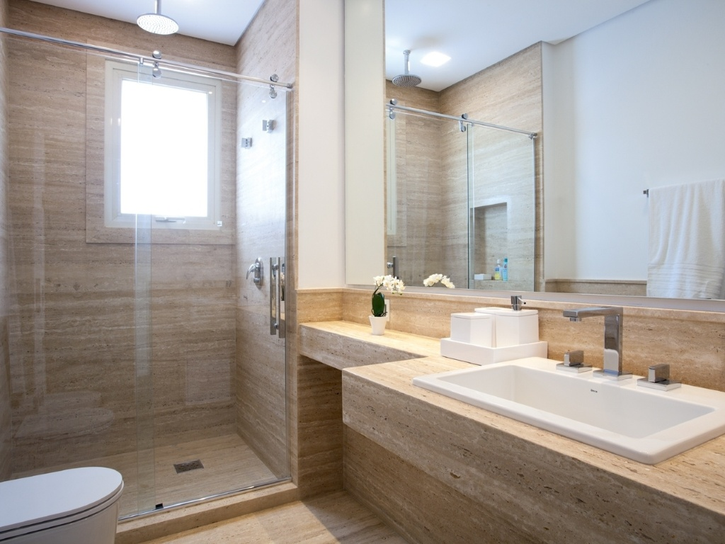 15 projetos inspiradodres de Banheiros decorados #4B3B28 1024x768 Banheiro Branco E Azul