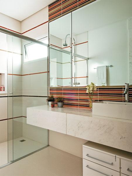 15 projetos inspiradodres de Banheiros decorad -> Banheiro Decorado Com Bancada De Vidro