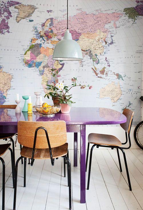 sala de jantar E depois compartilha o conteúdo lá no Facebook para