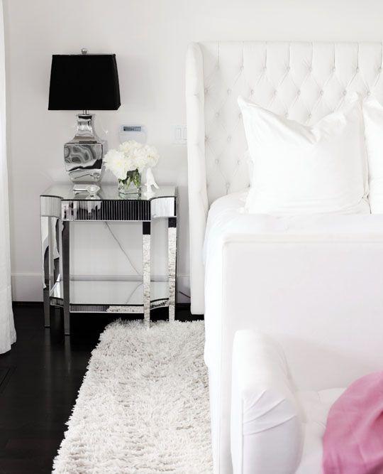 Decoração de quarto todo branco 13