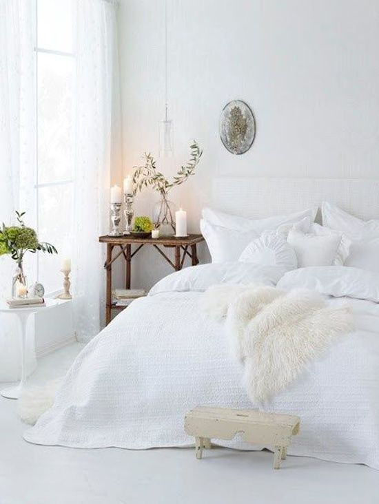 Decoração de quarto todo branco 3