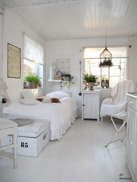 Decoração de quarto todo branco 4
