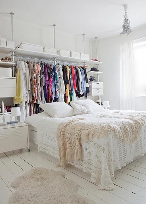 Decoração de quarto todo branco 6