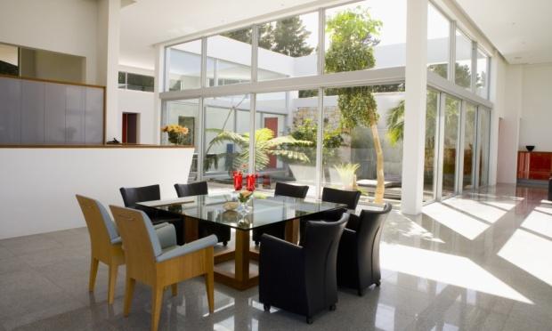 Equilibre a iluminação de casa