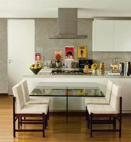 Cozinha com mesa 2