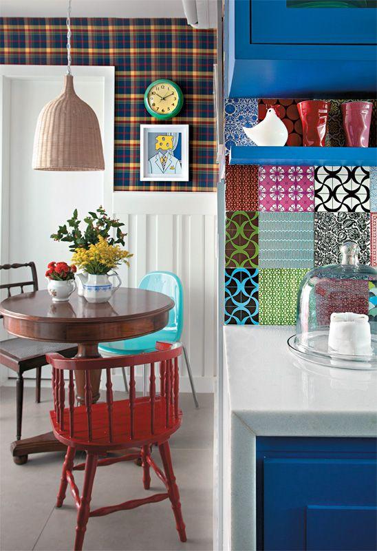 Cozinha com mesa 7