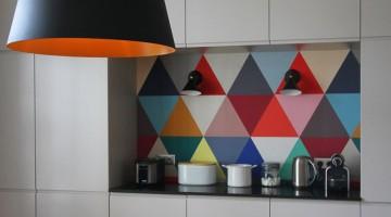 Cozinhas coloridas na decoração