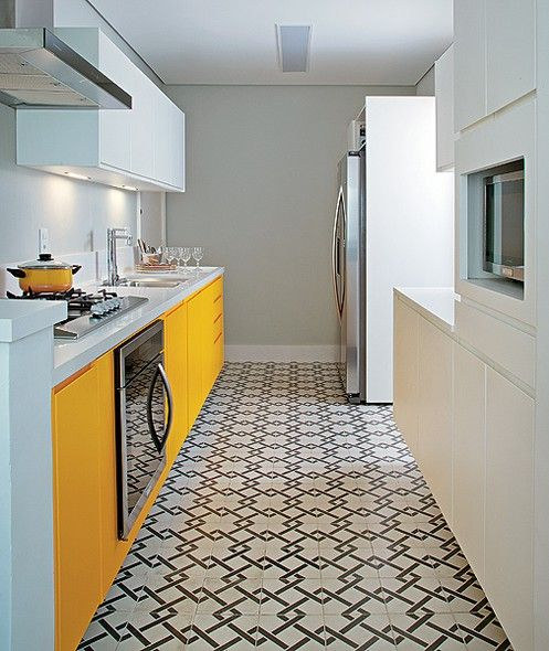 Cozinhas coloridas na decoração 9