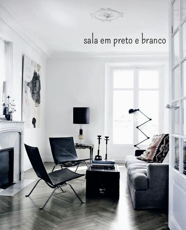 Sala em preto e branco 12