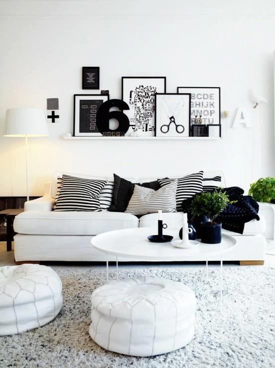 Sala em preto e branco