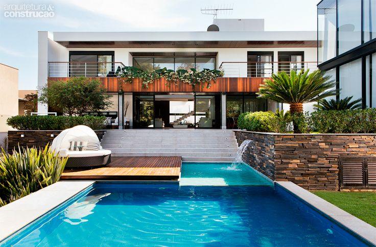 Como ter uma piscina em casa 9