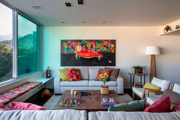 Detalhes coloridos na sala 11