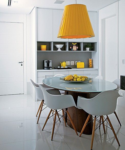 Mesa de jantar na decoração da sala ou da cozinha 6
