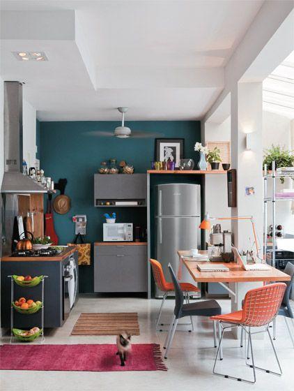 Mesa de refeições na cozinha 3