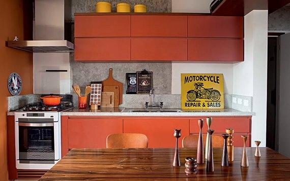 Mesa de refeições na cozinha 6