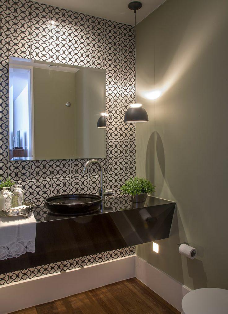Banheiros pequenos 11