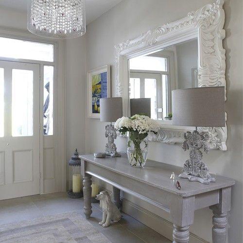Hall de entrada com espelho 9