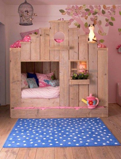 Cama infantil na decoração do quarto 11