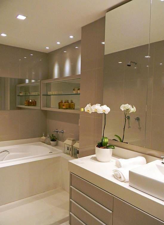 Como organizar bancada do banheiro 12