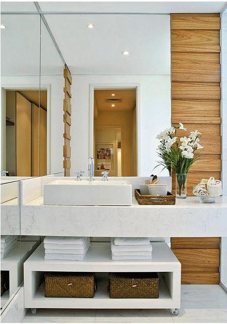 Como organizar bancada do banheiro 7