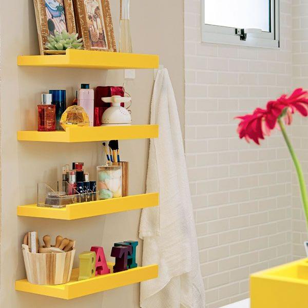 Como organizar bancada do banheiro