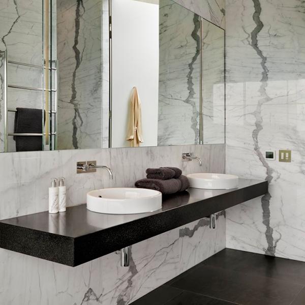 Banheiro preto e branco  Inspirações e dicas para decorar -> Armario De Banheiro Branco E Preto
