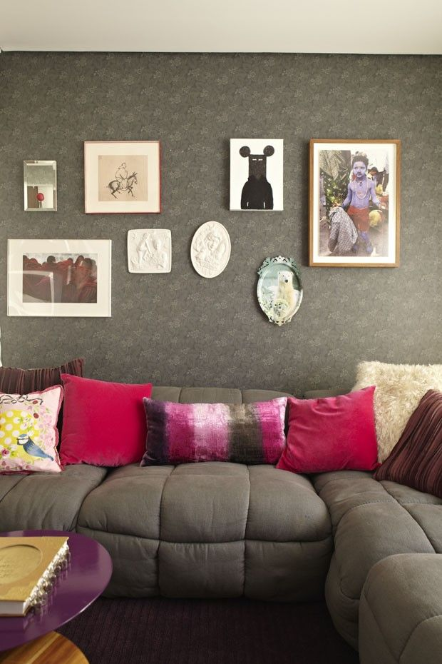 Sofá cinza na decoração 13