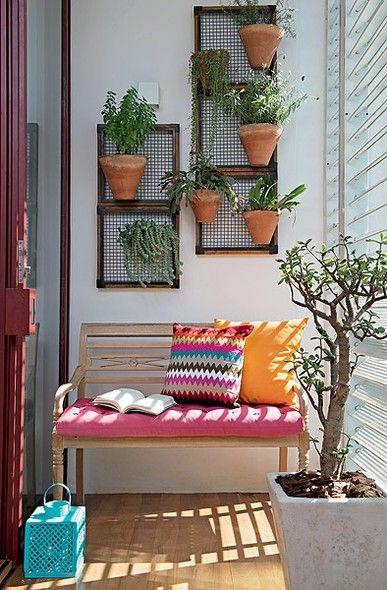 Como decorar varandas e sacadas pequenas 13