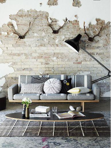 sala com sofá cinza 6