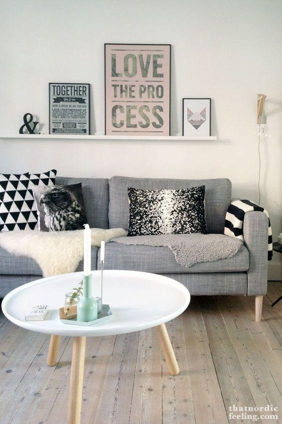 sala com sofá cinza 7