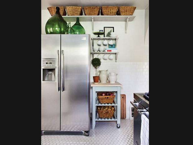 Cozinha sem armário 11