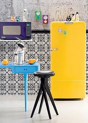 Cozinhas coloridas e estampadas 2
