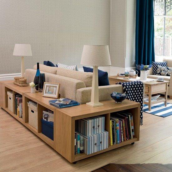 sofá com nichos