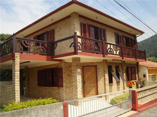 Casa com dois pavimentos 4